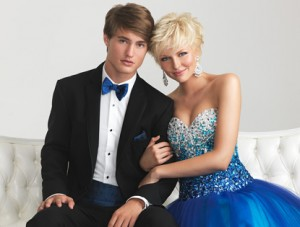 HELP MY DATE IS SHORTER THAN ME!. Desktop Image